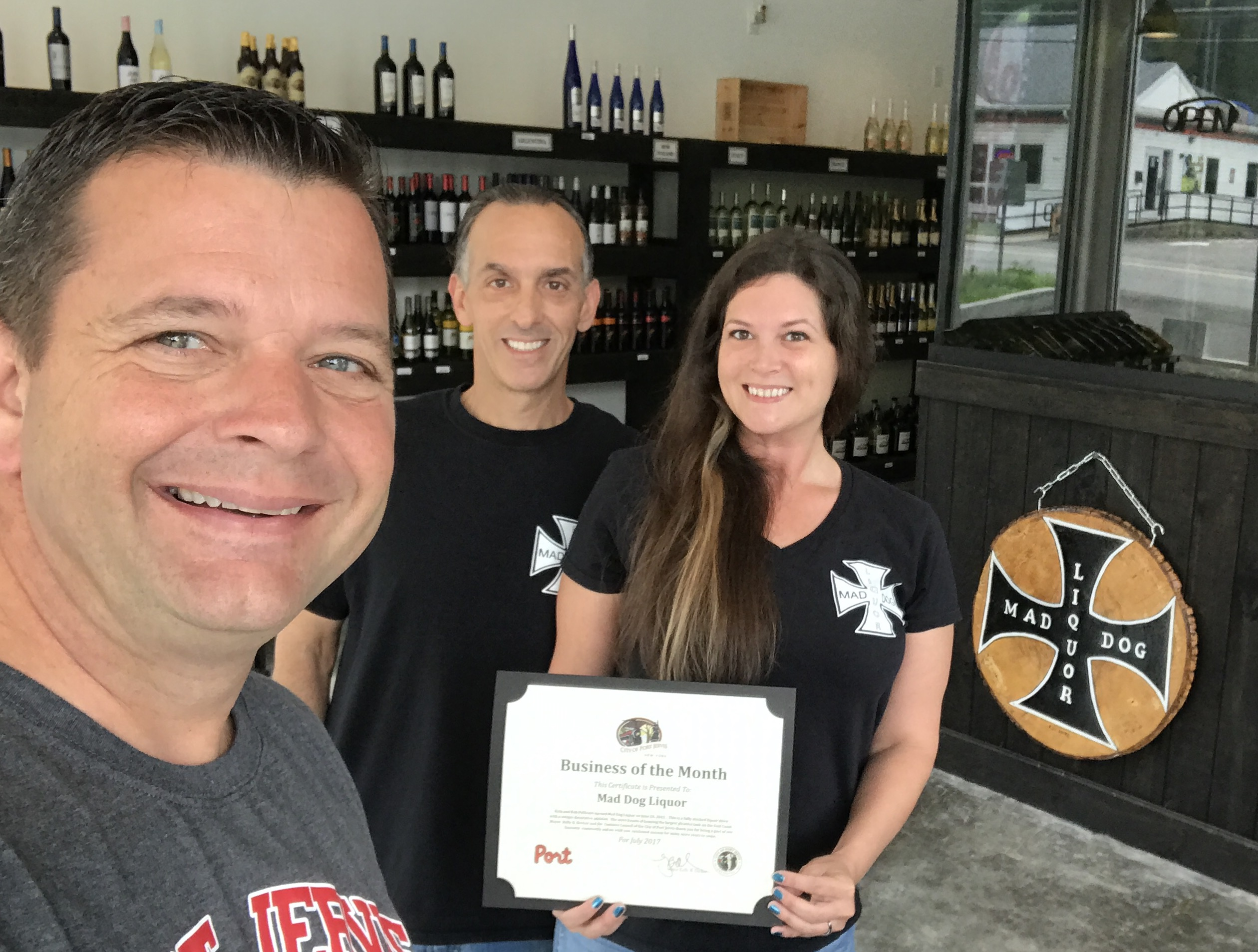 Mad Dog Liquor – 2017 July Business of the Month